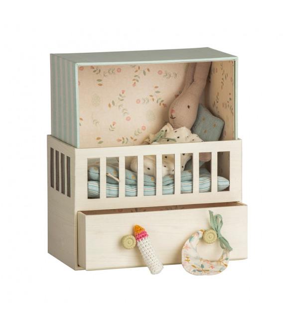 Baby Room m. Micro kanin - Pige